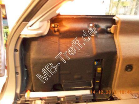 Tipps-tricks | Mercedes E-Klasse (w211) | Elektrische Kofferraumabdeckung fährt nicht mehr hoch: Bild 1